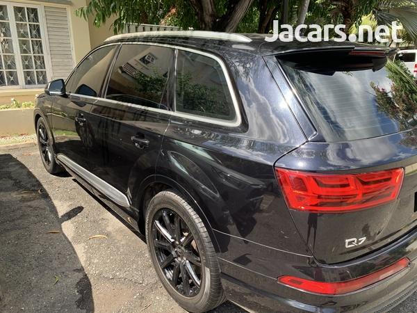 Audi Q7 3,0L 2016-1