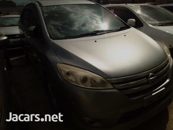 Nissan LaFesta 2,0L 2012-1