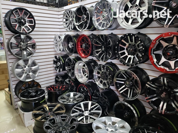 Rims, Diffuser, lugs, steering cover, back up camera, touchscreen radio, etc-9