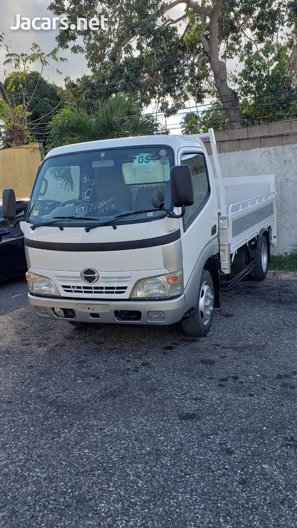 Hino Dutro Truck 2006-1