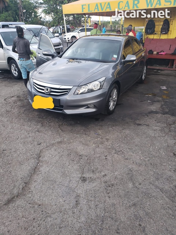 Honda Accord 3,5L 2012-1