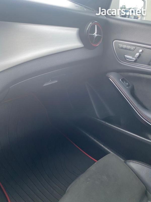 Mercedes-Benz CLA-Class 2,0L 2018-10