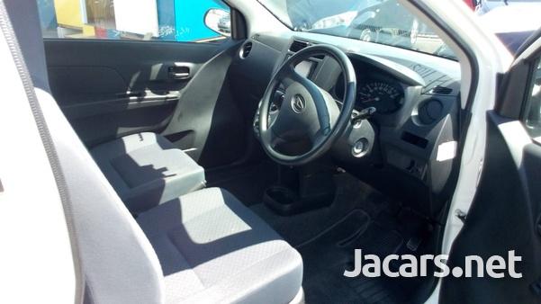 Daihatsu MIRA 1,1L 2013-4