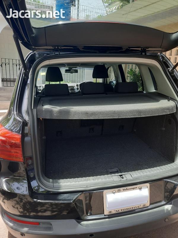 Volkswagen Tiguan 2,0L 2013-7