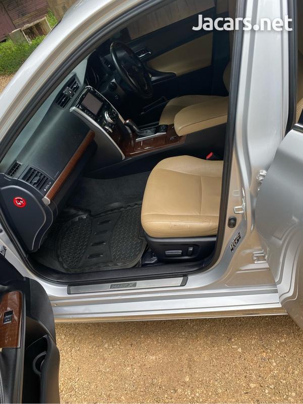 Toyota Mark X 3,5L 2014-7