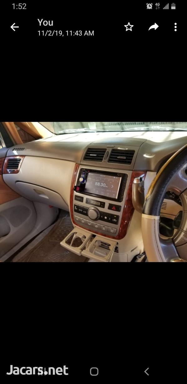 Toyota Ipsum 2,0L 2008-3