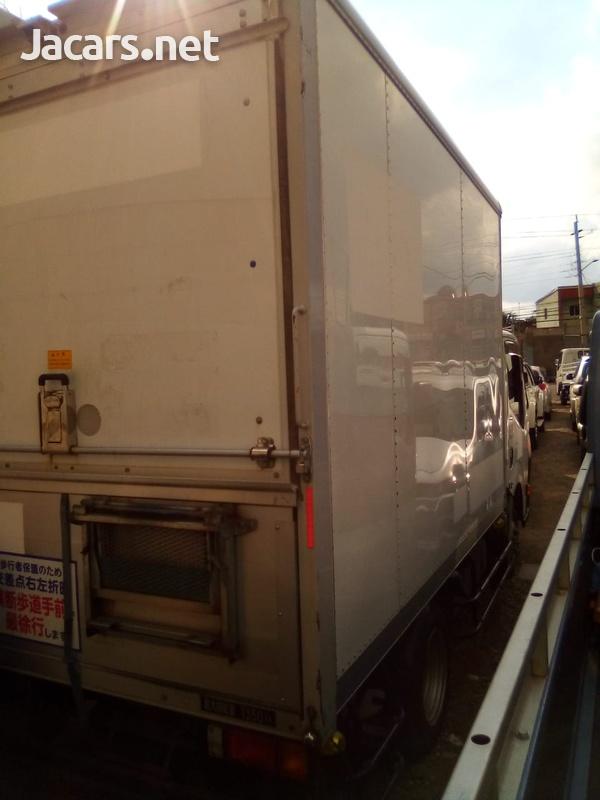 Nissan Atlas Box Truck 2013-2