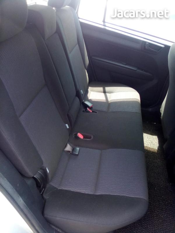Toyota Fielder 1,8L 2013-3