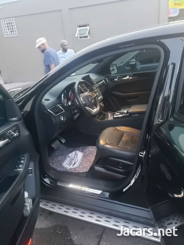 Mercedes-Benz GLE-Class 3,0L 2019-6