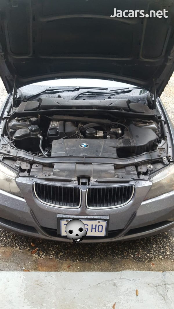 BMW 3-Series 2,5L 2007-5