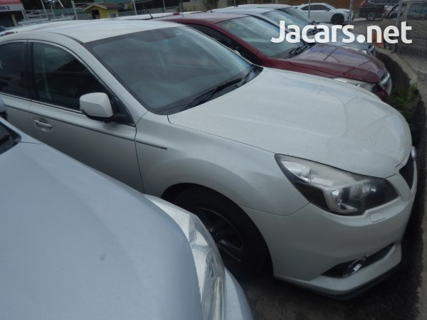 Subaru Legacy 1,8L 2013-1