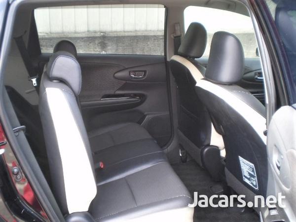 Toyota Wish 1,8L 2014-6