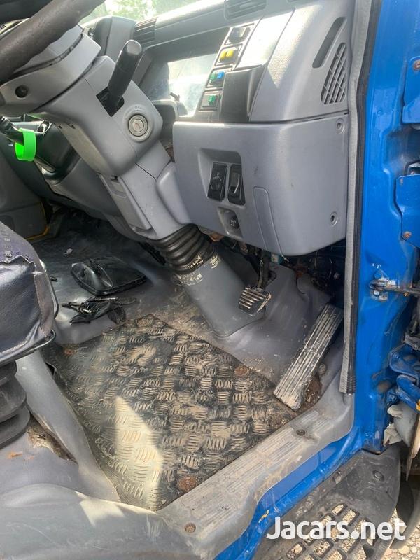 Mitsubishi Canter twin Cab Tilt n Slide Wrecker-3