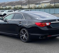 Toyota Mark X 2,5L 2012