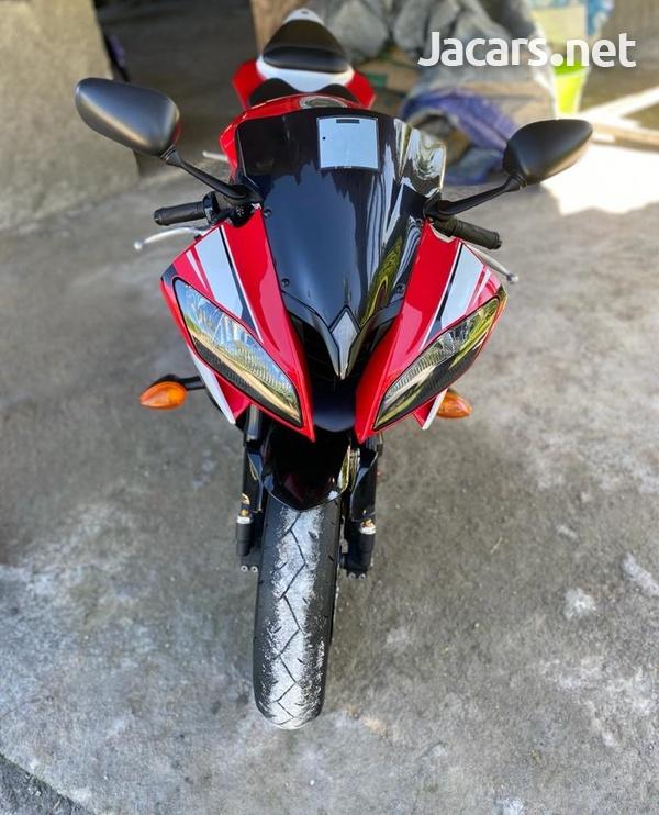 2014 Yamaha R6 Bike-6