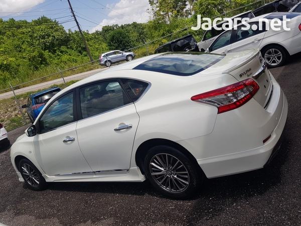 Nissan Sylphy 1,6L 2015-12