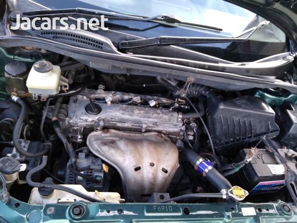 Toyota Picnic 2,0L 2004-3