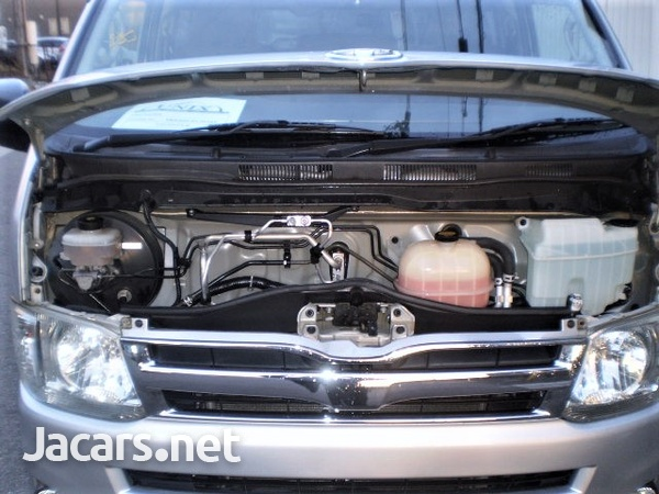 Toyota Regiusace GL Package 2,0L 2012-12