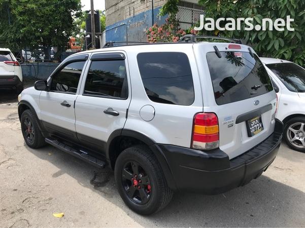 Ford Escape 1,6L 2006-3