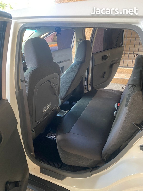 Nissan AD Wagon 1,3L 2012-14