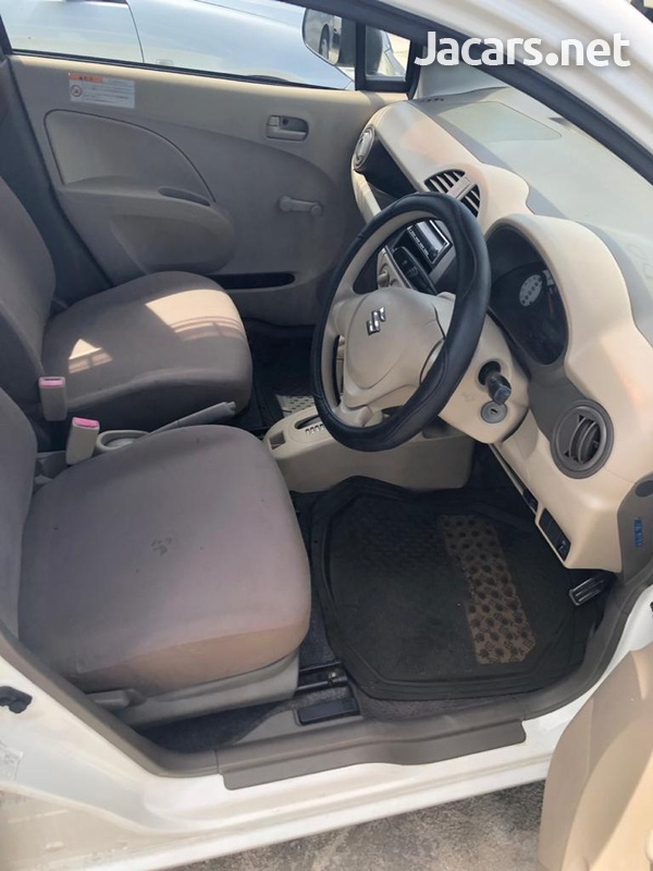 Nissan AD Wagon 1,6L 2013-4