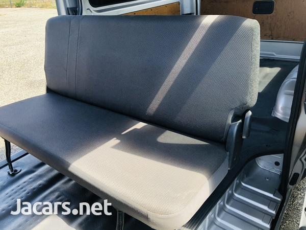 Toyota Regiusace GL Package 2,0L 2012-14