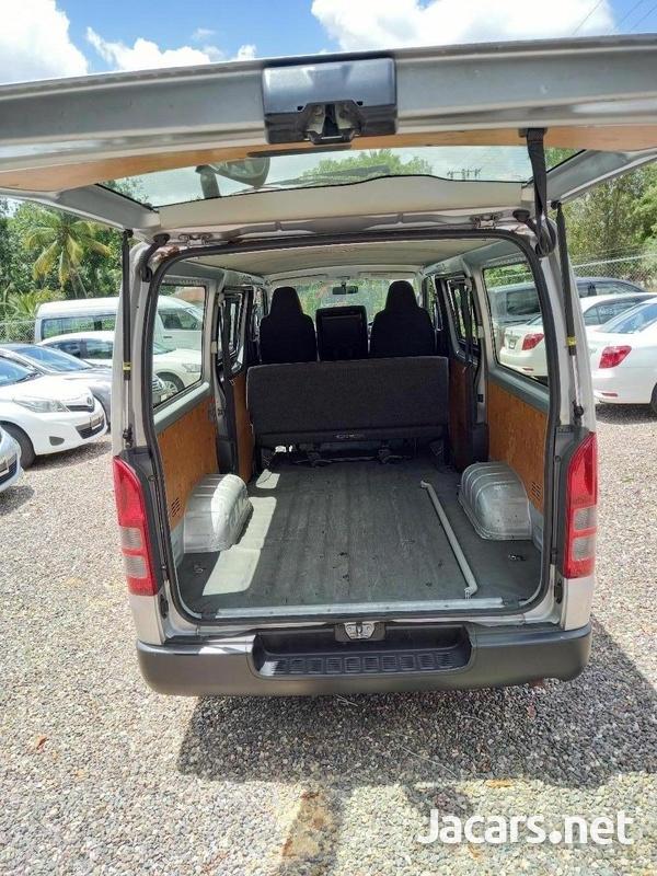 2017 Toyota Hiace Mini Van-7