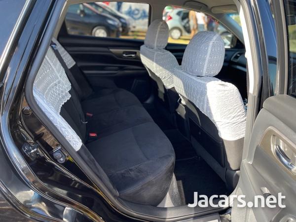 Nissan Teana 2,5L 2014-9