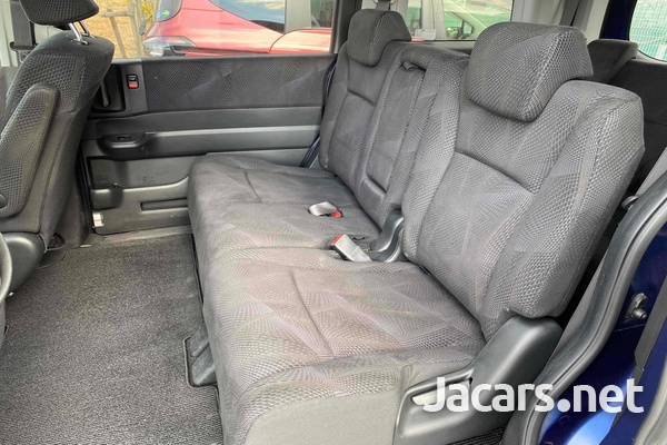 Honda Step wagon Spada 2,0L 2012-5