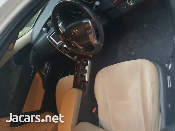 Toyota Mark X 3,5L 2014-6