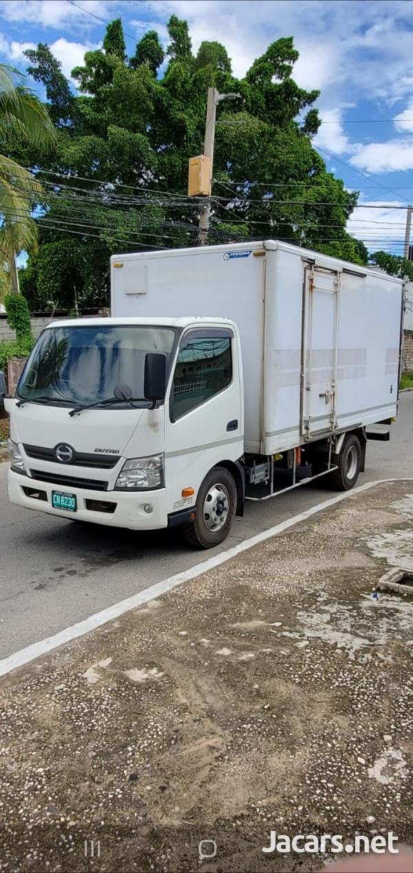 2012 Toyota Hino DutroTruck-1