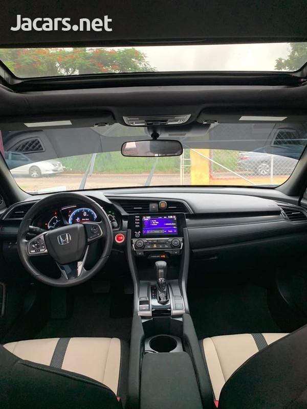 Honda Civic 1,5L 2019-10