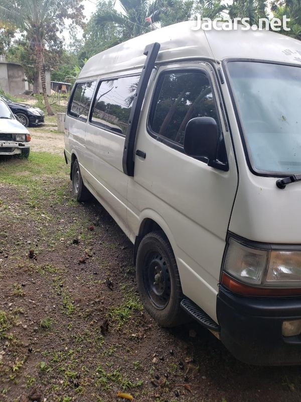 Toyota Hiace 2,0L 2000-2