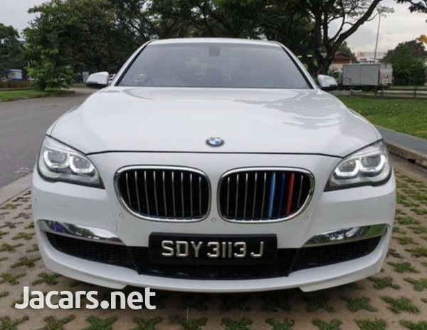 BMW 7-Series 3,0L 2013-3