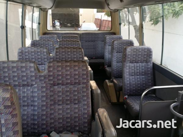 2006 Nissan Civilian Bus-7