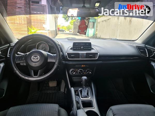 Mazda 3 2,0L 2015-9