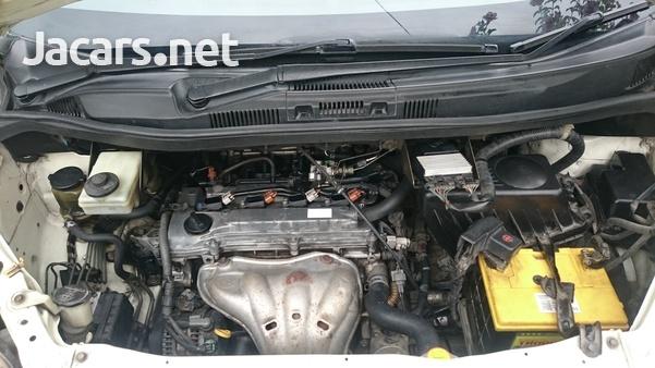 Toyota Voxy 2,0L 2006-5