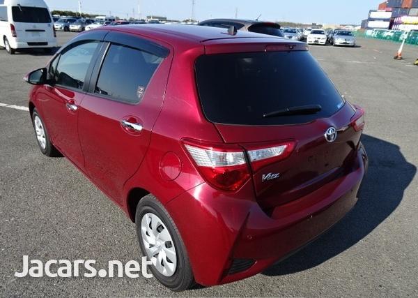 Toyota Vitz 1,3L 2019-7