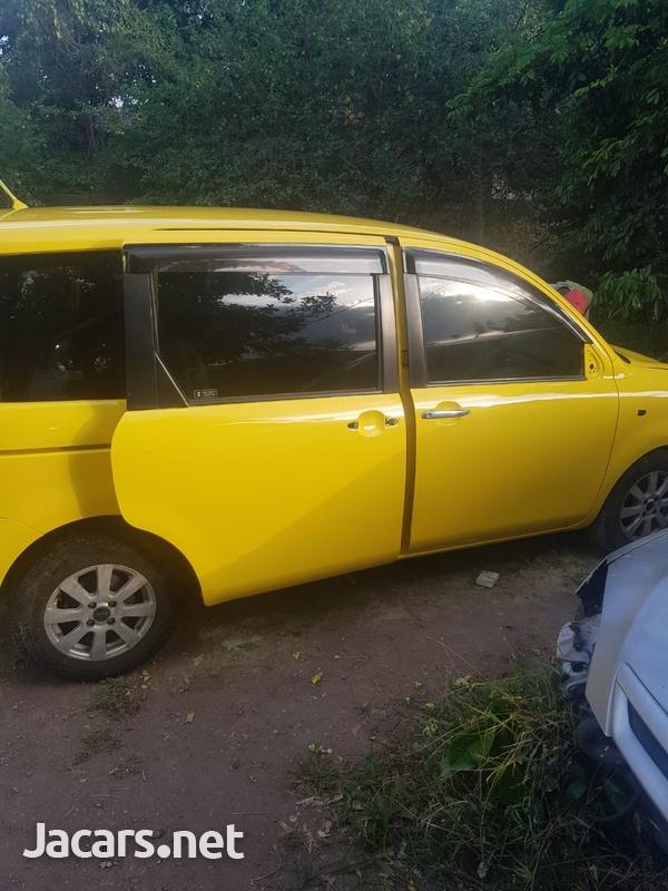 Toyota Sienta 1,8L 2006-3