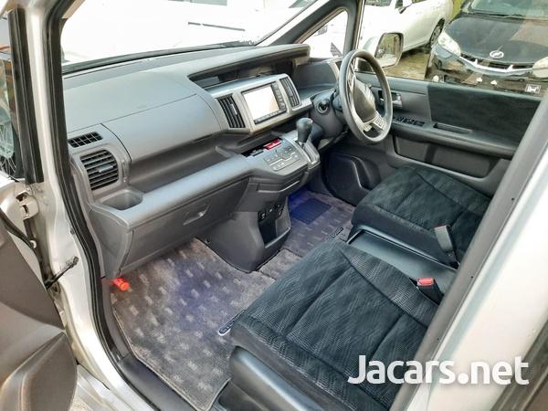 Honda Stepwgn Spada 2,0L 2012-13