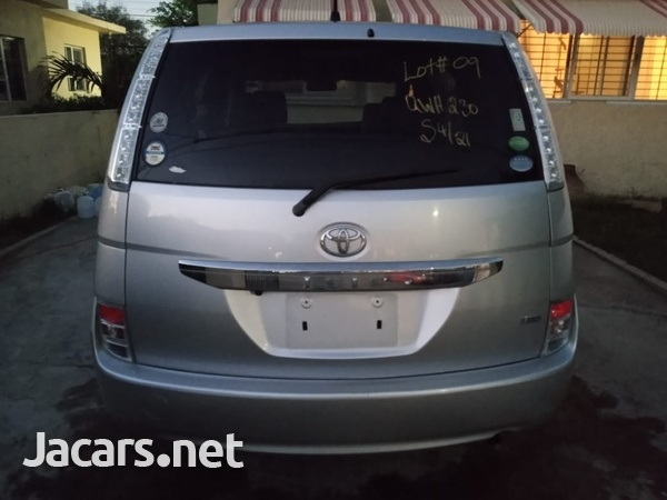 Toyota Isis 1,8L 2013-16