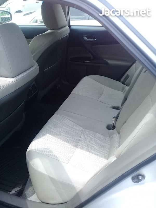 Toyota Mark X 2,5L 2012-11