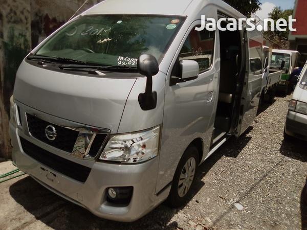 2013 Nissan Caravan-1