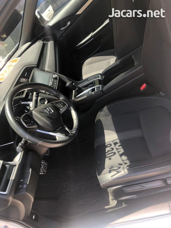 Honda Civic 2,5L 2019-8