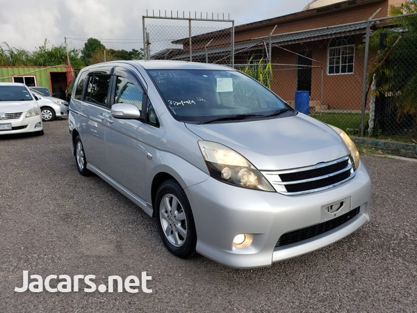 Toyota Isis 1,6L 2011-6