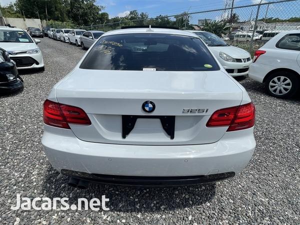 BMW 3-Series 2,5L 2012-5