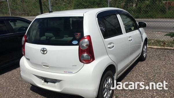 Toyota Passo 1,2L 2014-5