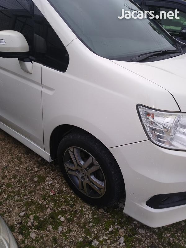 Honda Stepwgn 2,0L 2010-2