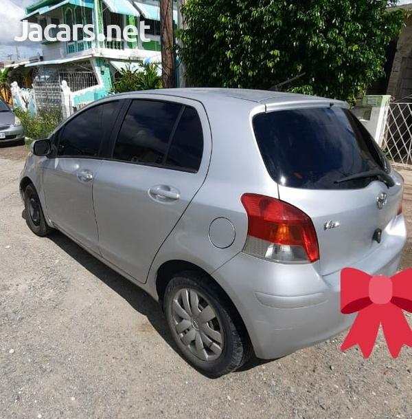 Toyota Vitz 1,3L 2010-3