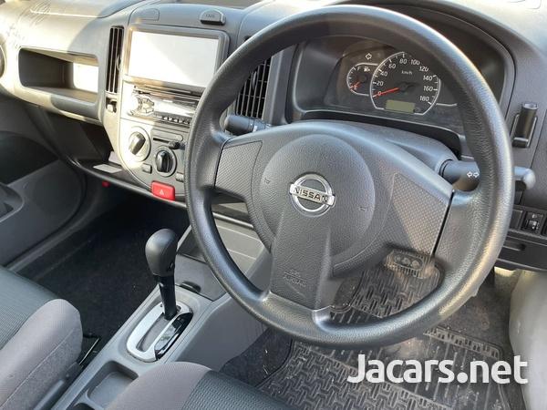 Nissan AD Wagon 1,3L 2016-4